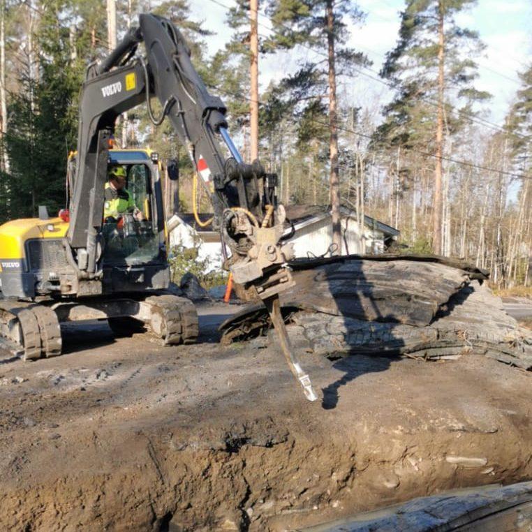 maanrakennus louhinta työ Kaivinkoneurakointi Lönnqvist oy